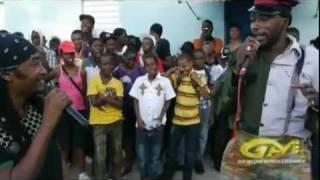 DWL!! Jamaican Comedians Apache Chief and Sarge rocks Lacovia High School (RIP Apache Chief)