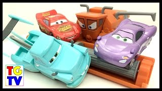 Cars Mater Tractor Tipping, Lightning McQueen vs Holley | Cars Fast as Lightning