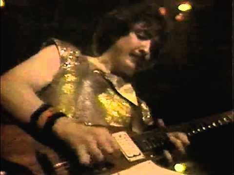 Blue Öyster Cult - E.T.I. (Extra Terrestrial Intelligence) (Live) 10/9/1981 [Digitally Restored]