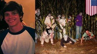 Nastolatek przebrany za zombie ginie pod kołami autobusu.