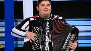 Milos Nikolic - Sarino kolo - Gold Music - ( TV Pink 2010 )