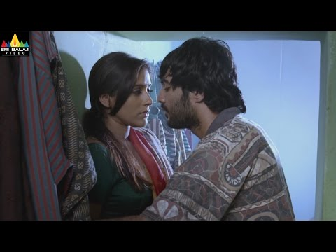 Xxx Mp4 Guntur Talkies Movie Scenes Siddu And Rashmi Gautham Scene Sri Balaji Video 3gp Sex