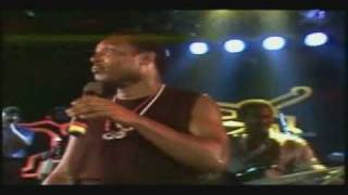 George Benson - Never Give Up On A Good Thing (Live Montreux 1986)