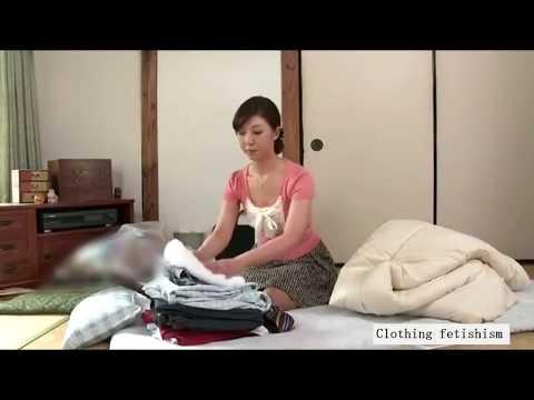 一緒にお掃除 熟女 sexy JAPAN Mature woman