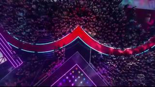 The Chainsmokers & Coldplay   Something Just Like This Paris iHeartRadio Music Awards 2017
