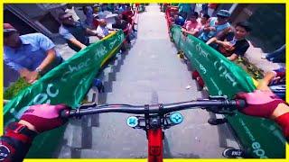 Manizales Extreme Urban downhill mountain bike race in city | Phil Kmetz
