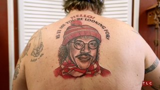 """Say """"Hello"""" To This Guy's Lionel Richie Back Tattoo 