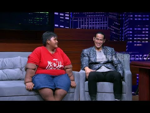 HITAM PUTIH | ADE RAI DAN ARYA (300318) 3-4