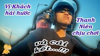 Xe Ôm Vlog - Thanh niên chịu chơi và cô khách hài hước !!!