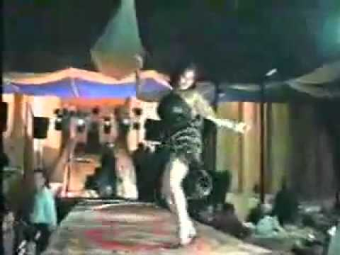 hot arabic dance