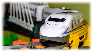 TRAINS FOR CHILDREN VIDEO: Train Rapid Transit Toys Review