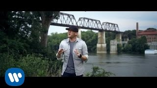 Cole Swindell - Middle Of A Memory (Official Music Video)