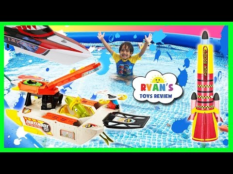 Ryan plays with Disney Cars and RC Boat MatchBox Squid Fleet