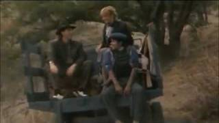 Michael Jackson feat. Paul McCartney - Say Say Say (Official Music Video)