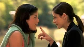 Sarah Michelle Gellar and Selma Blair lesbian kiss