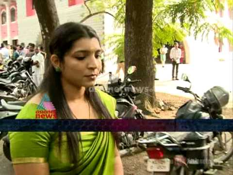 Saritha S Nair response Prisoner misbehaves with Saritha in court room : FIR 2nd Jan 2015