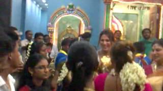 Tamil Grils dance at pandamaran tempel