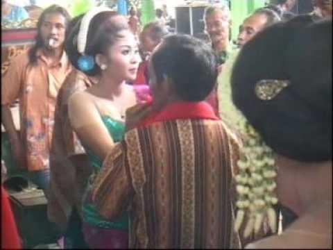 Tayuban Goyang Esek esek Karawitan Cakra Budaya 2016 live Pandansari Sine Ngawi Jawa Timur