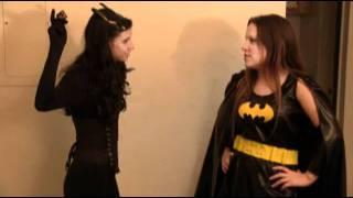 Batgirl Vs Catwoman Case of the Cats Eys Crystal .flv