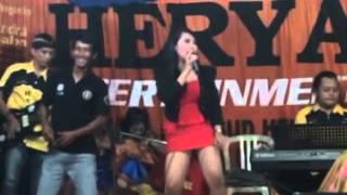 Kereta Malam Dangdut Koplo HOT 2014 - Devita - OM HERYA