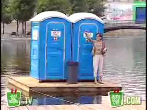 videos graciosos bromas en baños publicos 2