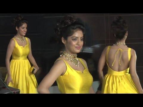 Xxx Mp4 Hot Deepika Singh In Yellow Gown At Divyanka Vivek S Reception 3gp Sex