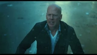 A Good Day To Die Hard - Hindi Trailer