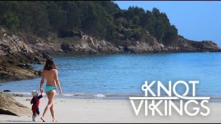 Ep. 9 - A nude beach and a late Christmas Surprise - Knotvikings