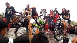 LADY WASH  HOT anniversarry 1Dekade SK2C karawang