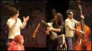 اجرای شاد گروه رستاک و محسن شریفیان