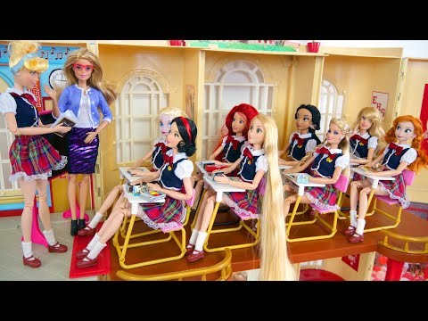 Xxx Mp4 Barbie Rapunzel School Morning Routine School Life Kehidupan Sekolah Boneka Barbie Vida Escolar 3gp Sex