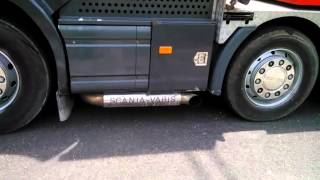 Scania 8x4 LV Logistic Indonesia