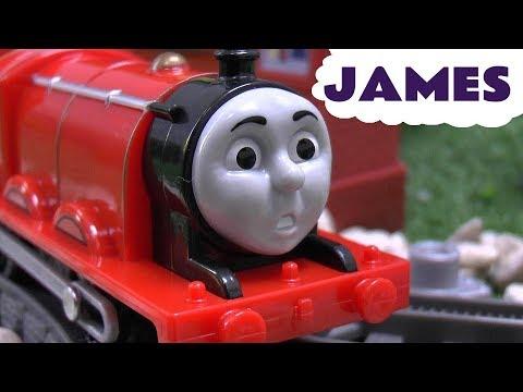 Scared James Thomas and Friends Trackmaster Engine Toy Train Set Thomas Y Sus Amigos Tomas