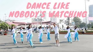 Dance like nobody's watching in Vietnam - XO Tours