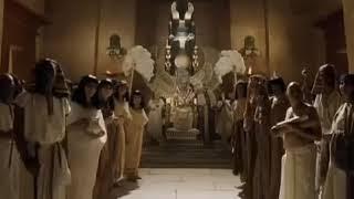 معجزة النبي موسى الثلاث العصا والنيل والجراد
