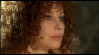Francesca Dellera gioco di seduzione a lume di candela
