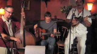 Chico Malo Trio live at Katerinas - Song 2