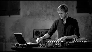 PLAYdifferently | Richie Hawtin Performance on MODEL 1