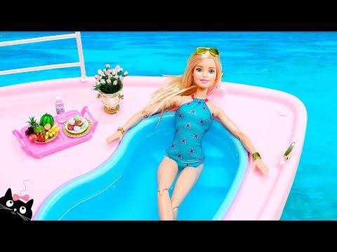 Xxx Mp4 Barbie Ken Y Sus Hermanas Se Bañan En La Piscina Del Barco Crucero Vacaciones Barbie Cat Juguetes 3gp Sex