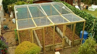 PERMACULTURE / high-yield production in limited space / The raised bed