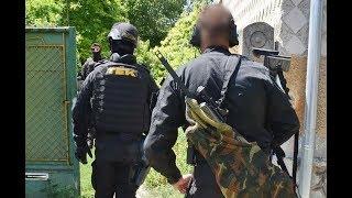 A TEK ártalmatlanította a Sajtoskálon robbantással és tűzzel fenyegetőző férfit