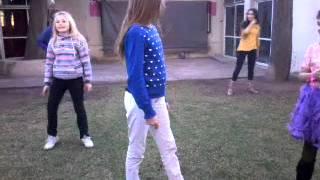 Niñas bailando muy bien