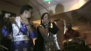 Miss Pooja and Preet Brar Live in UK * DESIblitz Special *