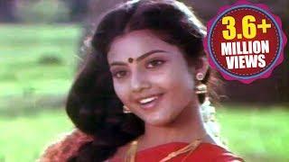 Seetharamaiah Gari Manavaralu Songs - Poosindi Poosindi - Meena