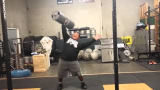 HIGA MONSTER 155 lbs Circus Dumbbell pressing 11/6/15