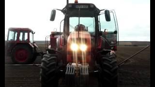 Belarus MTZ 1523.3 + Mascar+MTZ 80 + Agrogép !! KUKORICA VETÉS 2012 képekben !!!