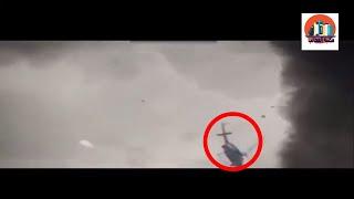 شاهد اعصار ارما التي لم تشهده البشرية من قبل و هو يسحب طائرة هيليكوبتر