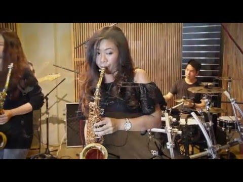 Xxx Mp4 HelloSomeone Like You Adele Saxophone Cover By Saxpackgirl 3gp Sex