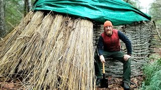Thatched Reed Winter Survival Shelter Part 1 Of 2 (87 days episode 17)