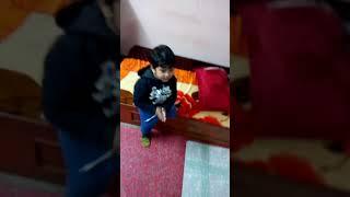 Nivaan dance in his way